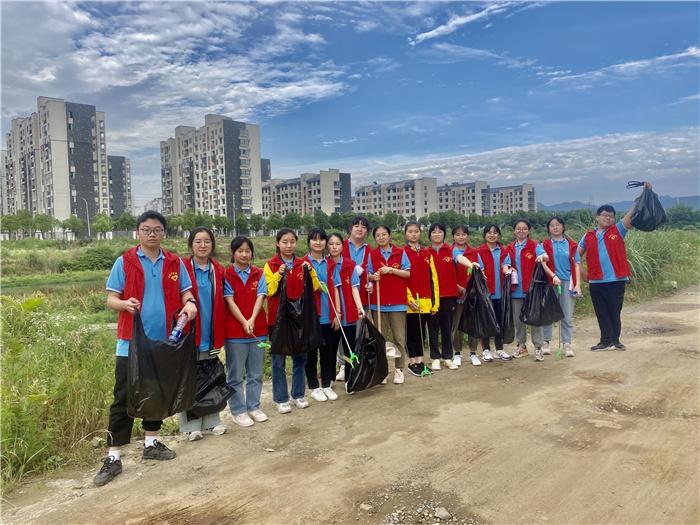 泾县中学学校网站建设seo搜索经典网站建设模板